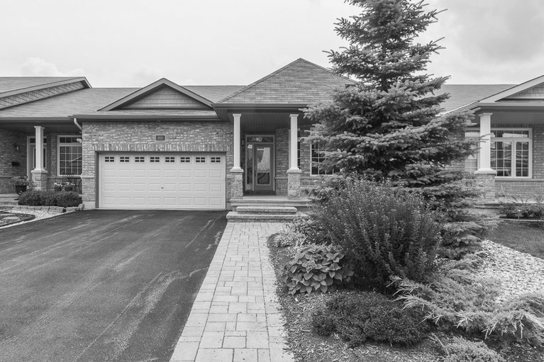 935 Burwash Landing Bay