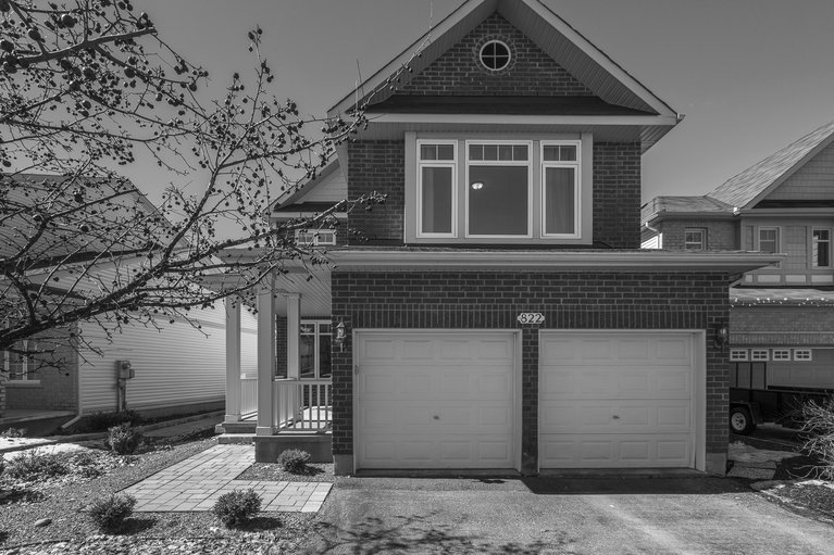 822 Feather Moss Way